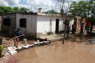 Más de 6000 evacuados y se teme por el impacto de las lluvias en la producción