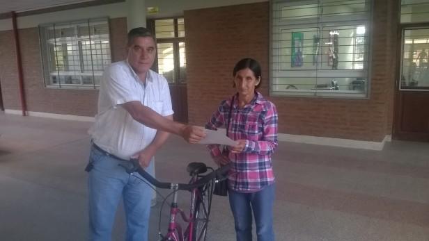 Programa Aporte para la Movilidad- EFA N° 1 Entrega Bicicleta.