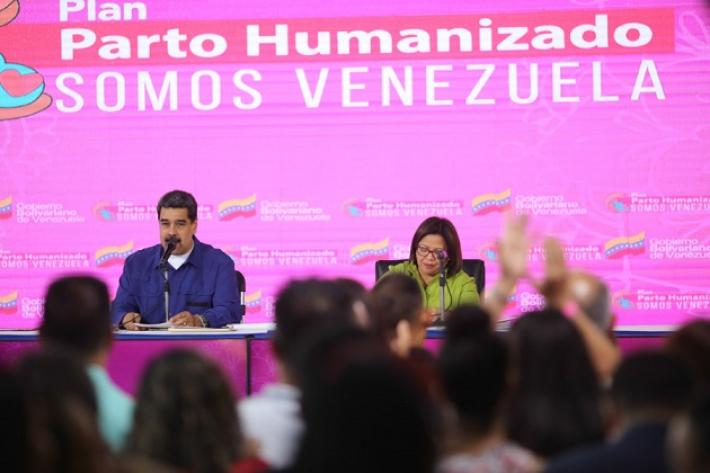 Maduro instó a las venezolanas a tener seis hijos