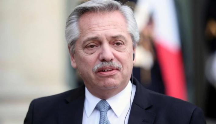 Fernández anticipó que habrá un DNU para