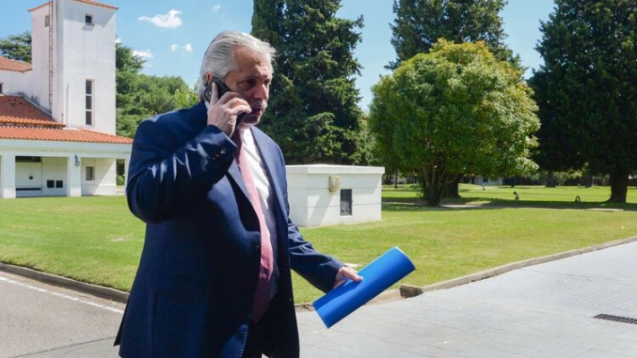 Alberto Fernández ampliaría la cuarentena obligatoria para evitar el avance del coronavirus en Buenos Aires