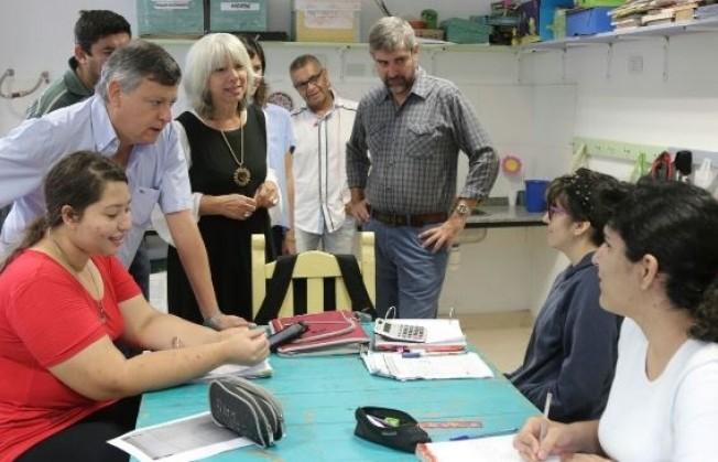 """Peppo visitó el Centro Educativo Terapéutico """"Los Girasoles"""""""