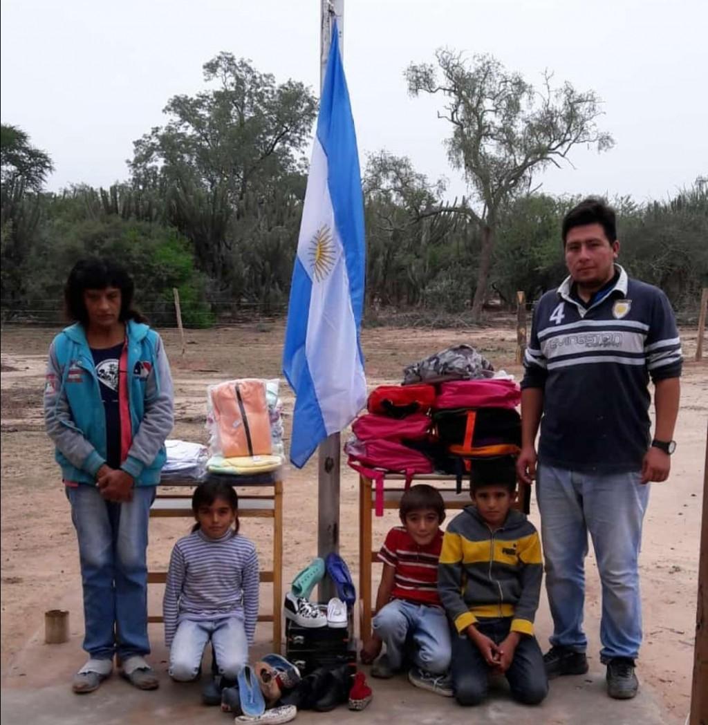 Impenetrable: La Realidad de las Banderas en las Escuelas