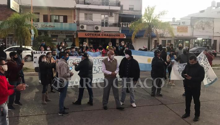 Apoyo a la Policía   Vecinos marcharon en apoyo a la Fuerzas de Seguridad