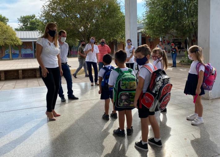 Cuatro localidades chaqueñas retoman la presencialidad en las escuelas desde este lunes
