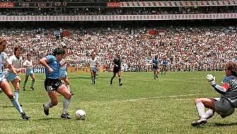 A 35 años del Gol del Siglo de Maradona, la AFA propone que se grite otra vez en todo el mundo