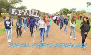 Bicentenario de la Independencia - Marcha Cívico-Escolar en Fuerte Esperqanza