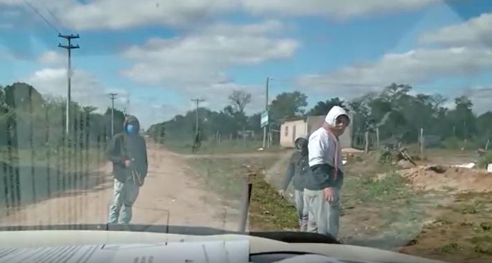 Quitilipi: Cuatro Gatos pícaros cobrando peaje a los vehículos para poder pasar