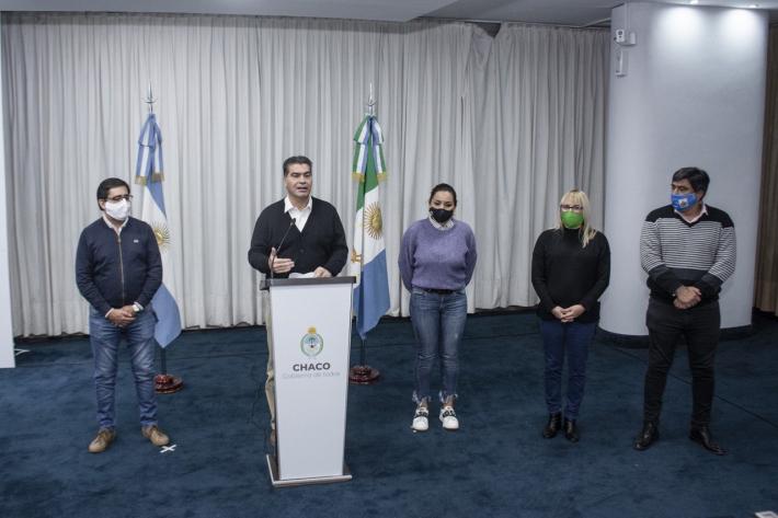 """Capitanich anunciará este viernes el plan de """"desescalada"""" de la cuarentena"""