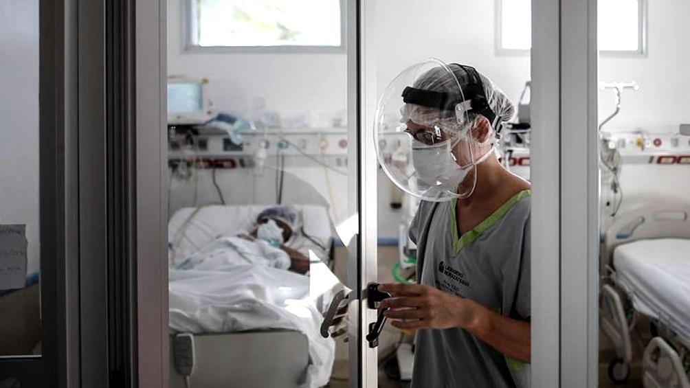 Enfermería: exponen su vida contra la pandemia pero tienen dos trabajos para llegar a la canasta básica