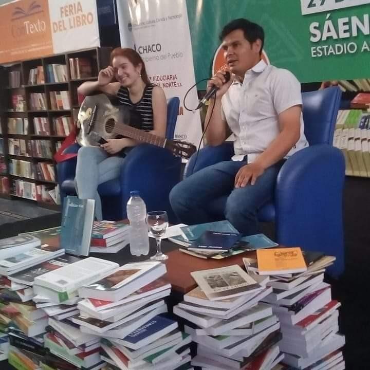 SAENZ PEÑA: Mauro Martínez presentó su libro Habitar Alas en la UNCAUS